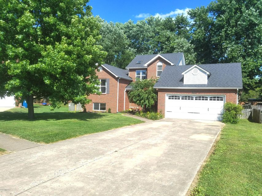 Additional photo for property listing at 7703 Legler Drive  Louisville, Kentucky 40258 United States