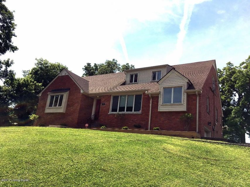 Single Family Home for Sale at 5102 Bardstown Road 5102 Bardstown Road Louisville, Kentucky 40291 United States
