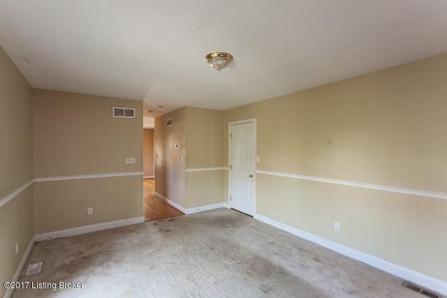 Additional photo for property listing at 5108 Silverton Lane 5108 Silverton Lane Louisville, Kentucky 40241 United States