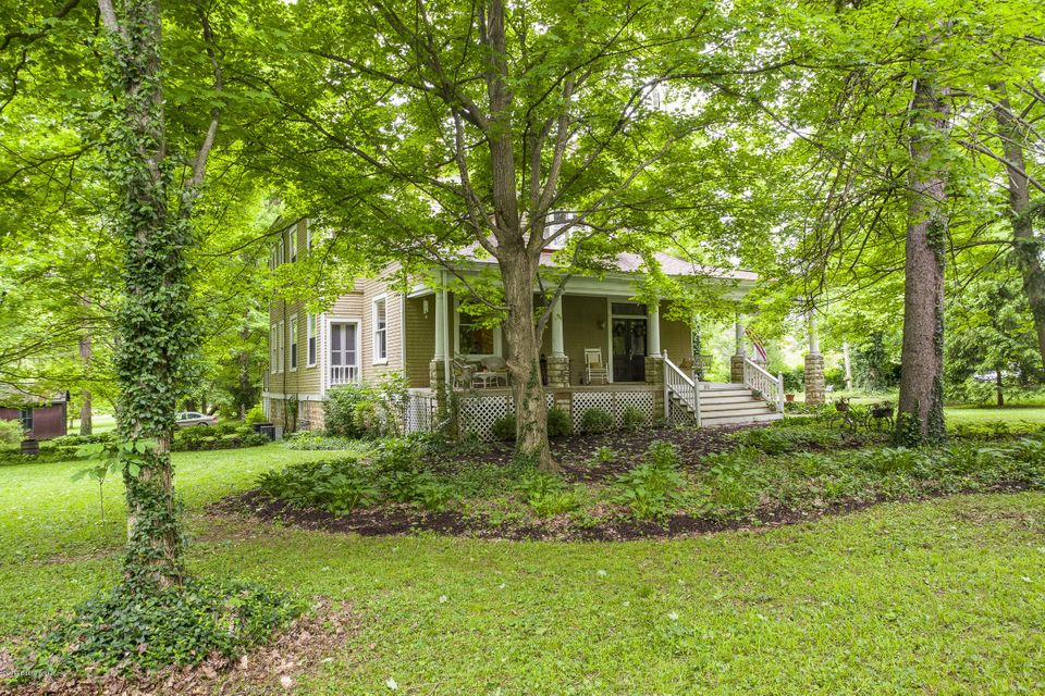 Additional photo for property listing at 100 Ash Avenue  Pewee Valley, Kentucky 40056 United States