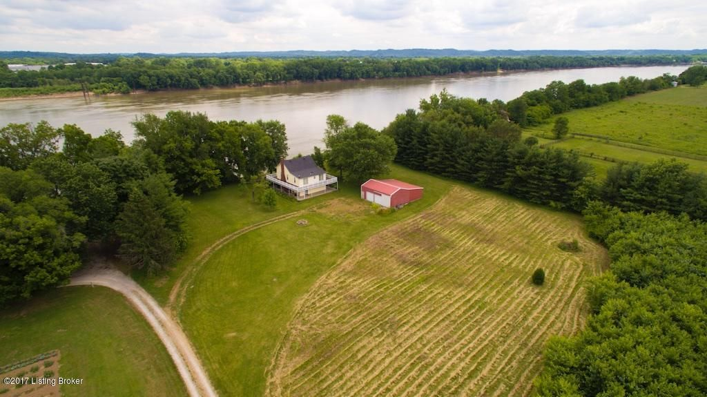 Additional photo for property listing at 5470 HWY-111 5470 HWY-111 Elizabeth, Indiana 47117 United States