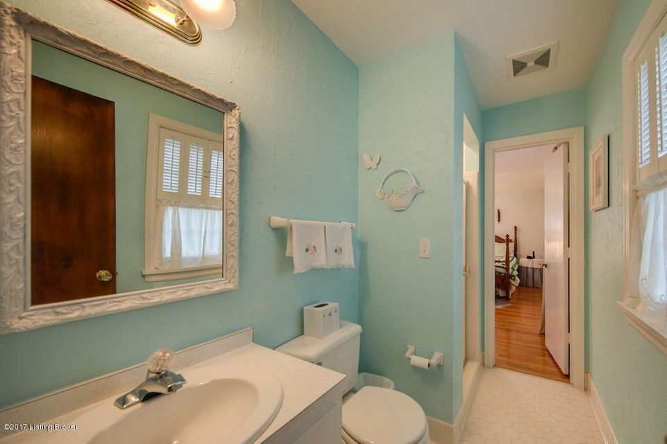 Additional photo for property listing at 8711 Eton Road  Louisville, Kentucky 40241 United States