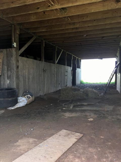 Additional photo for property listing at 3388 Holy Cross Road  Loretto, Kentucky 40037 United States