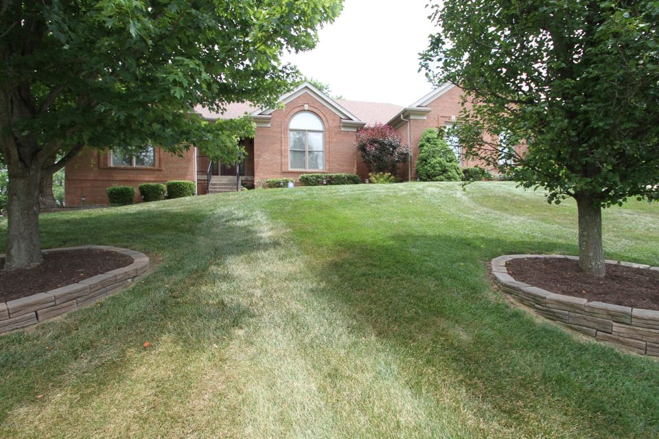 Single Family Home for Sale at 1900 Brooke Stone Court Crestwood, Kentucky 40014 United States