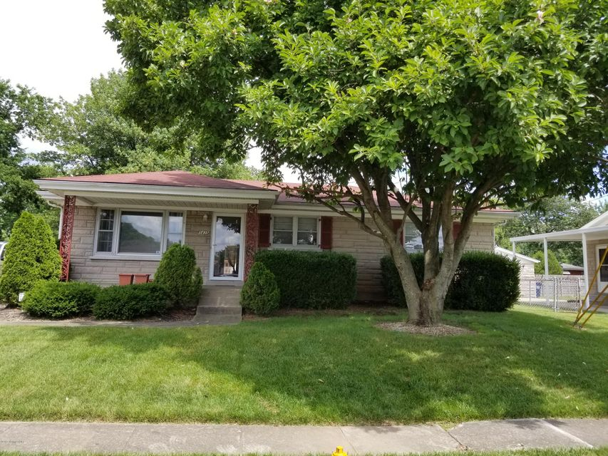 Single Family Home for Sale at 3435 Fernheather Drive Louisville, Kentucky 40216 United States