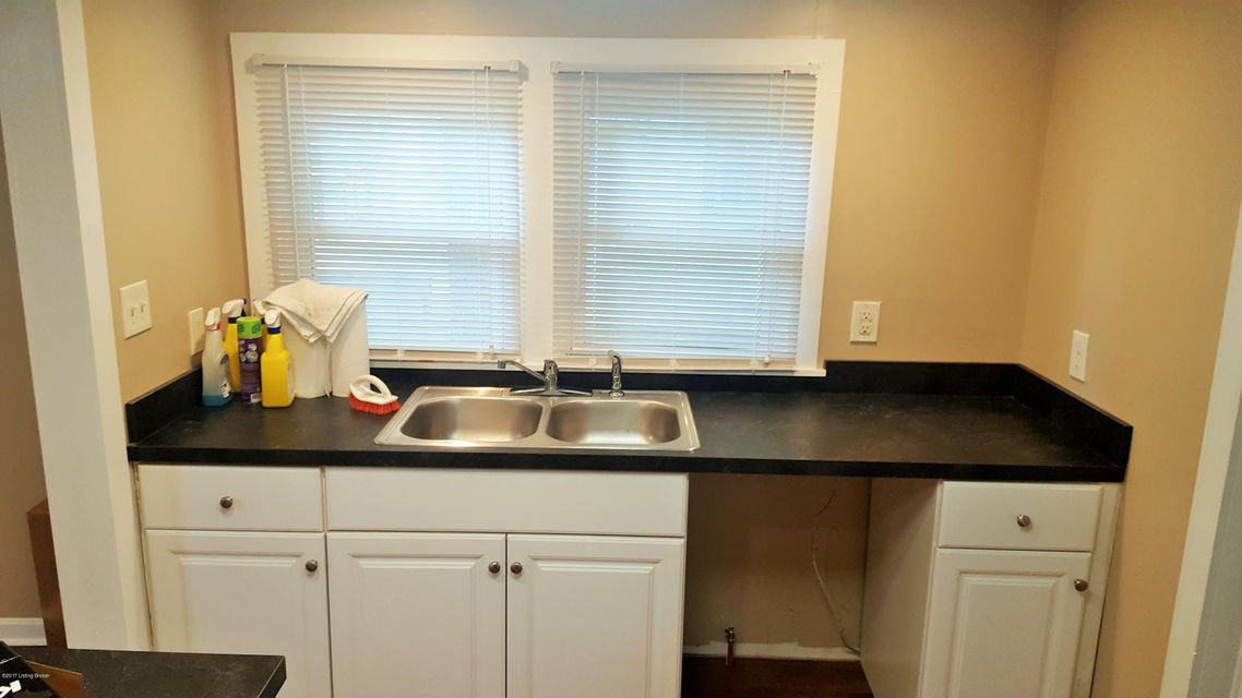 Additional photo for property listing at 3733 Marvin Avenue  Louisville, Kentucky 40218 United States