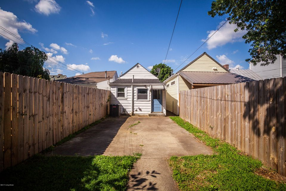 Additional photo for property listing at 1109 Lydia Street  Louisville, Kentucky 40217 United States
