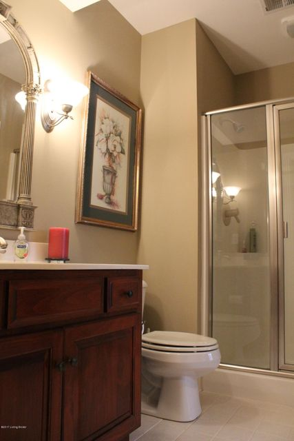 Additional photo for property listing at 12711 Crestmoor Circle  Prospect, Kentucky 40059 United States