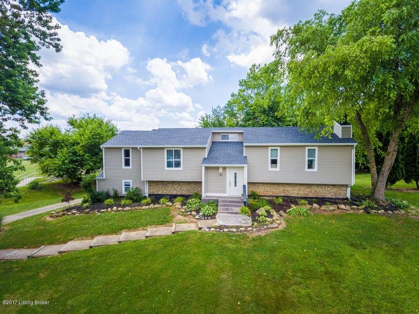 Single Family Home for Sale at 12734 Churchill Pkwy 12734 Churchill Pkwy Goshen, Kentucky 40026 United States