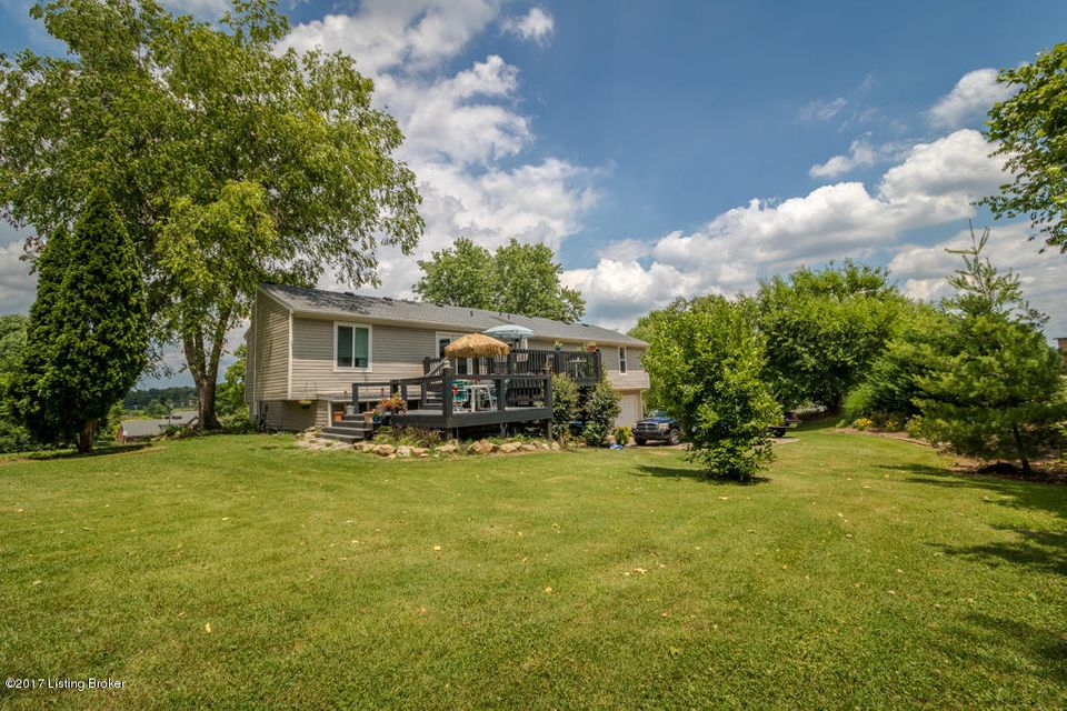 Additional photo for property listing at 12734 Churchill Pkwy 12734 Churchill Pkwy Goshen, Kentucky 40026 United States