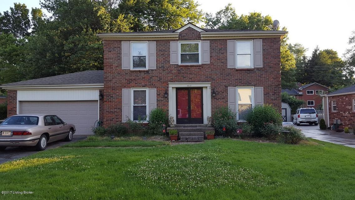 Single Family Home for Sale at 4810 Nottinghamshire Drive Louisville, Kentucky 40299 United States