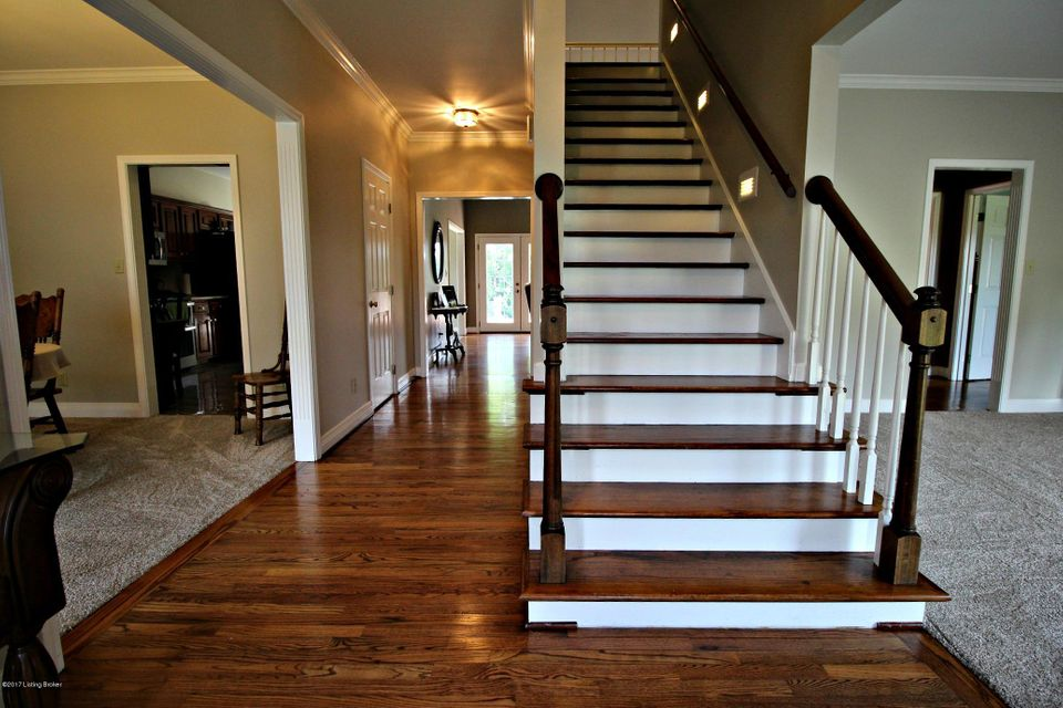 Additional photo for property listing at 5583 Shelbyville Road 5583 Shelbyville Road Simpsonville, Kentucky 40067 United States