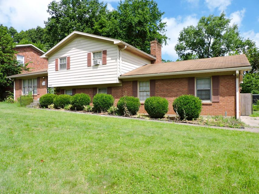 Single Family Home for Sale at 1413 Dellwood Drive Louisville, Kentucky 40216 United States
