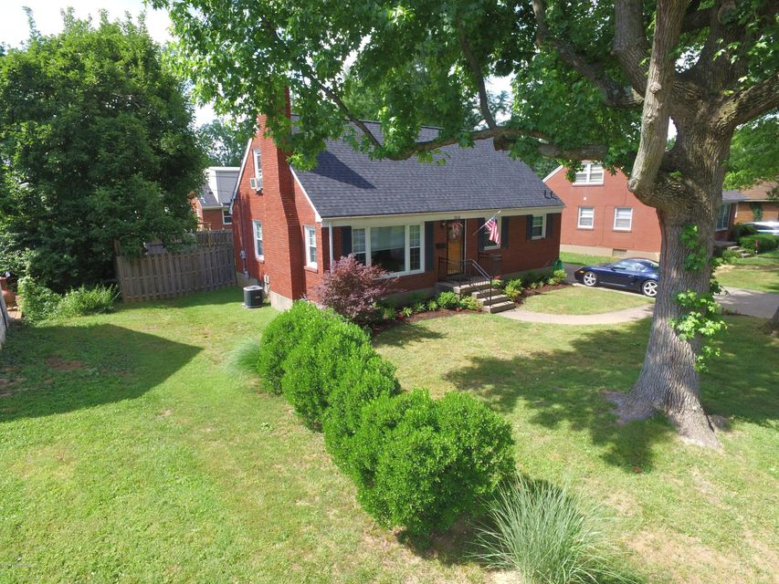 Additional photo for property listing at 3531 Plymouth Road  Louisville, Kentucky 40207 United States