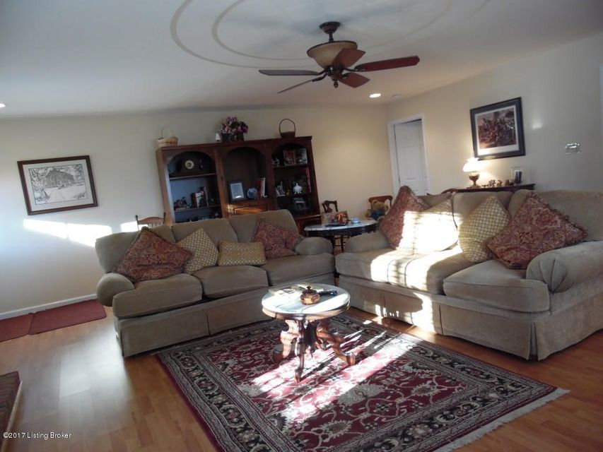 Additional photo for property listing at 5200 Raider Hollow Road  Munfordville, Kentucky 42765 United States