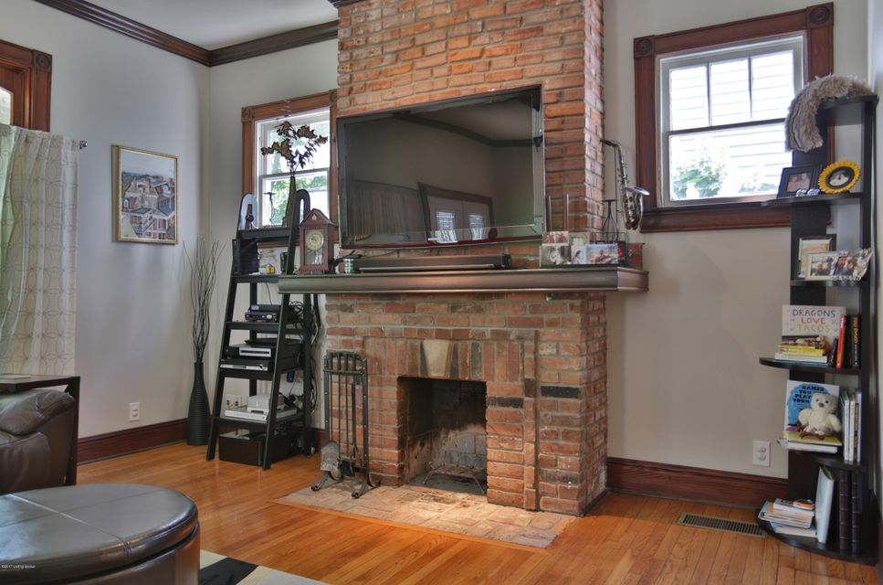 Additional photo for property listing at 122 S Hite Avenue  Louisville, Kentucky 40206 United States