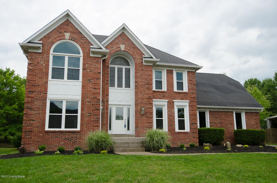 Single Family Home for Sale at 14506 Deercross Place Louisville, Kentucky 40245 United States