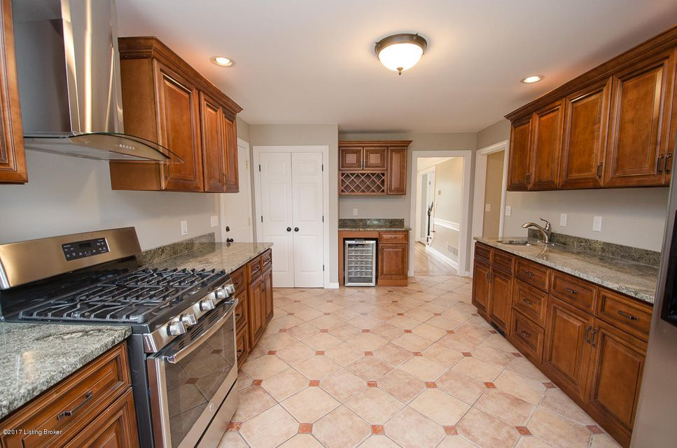 Additional photo for property listing at 14506 Deercross Place  Louisville, Kentucky 40245 United States