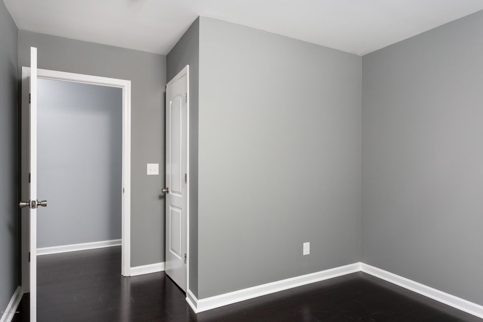 Additional photo for property listing at 1045 Mary Street  Louisville, Kentucky 40204 United States