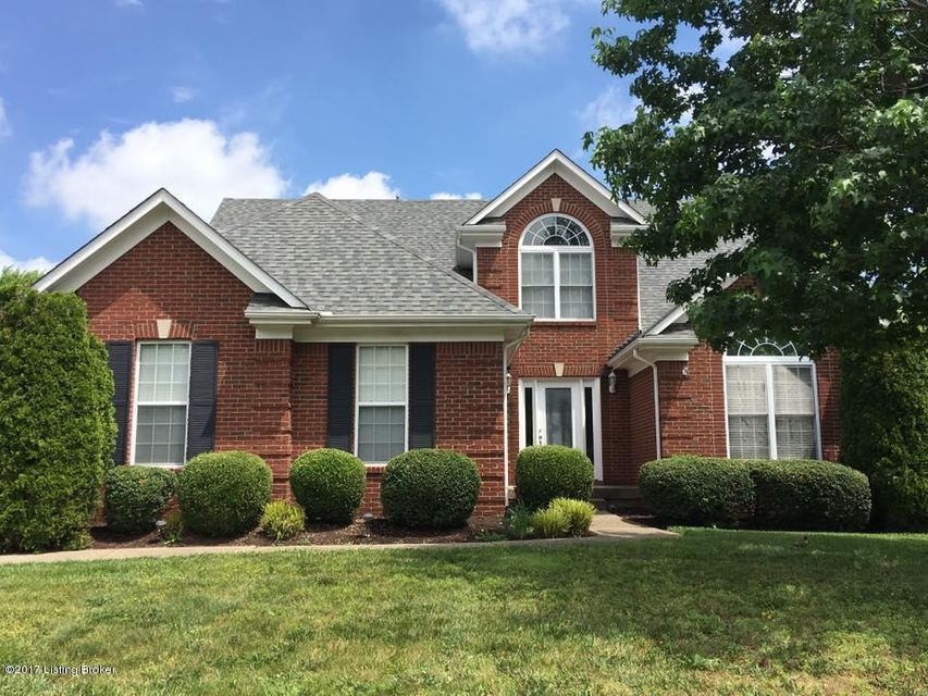 Single Family Home for Sale at 13514 Forest Bend Circle Louisville, Kentucky 40245 United States