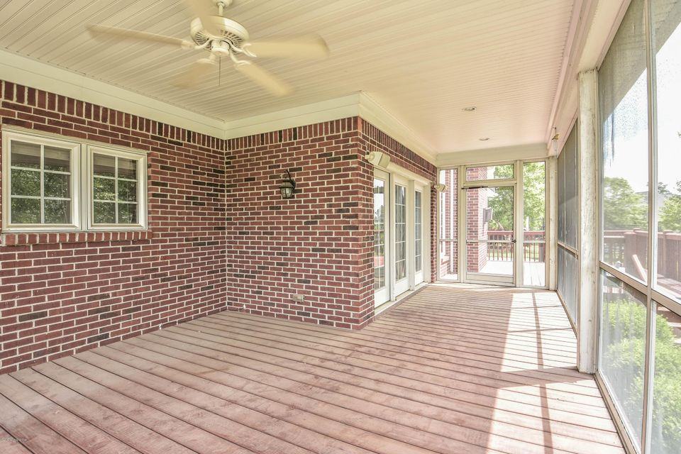 Additional photo for property listing at 2903 Meadow Farms Place  Louisville, Kentucky 40245 United States