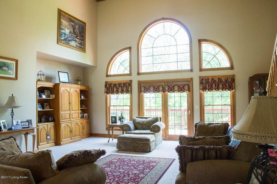 Additional photo for property listing at 225 Lynzie Drive  Salvisa, Kentucky 40372 United States