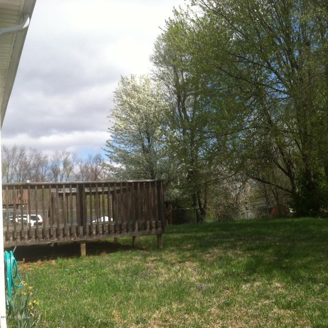 Additional photo for property listing at 103 Fiddlers Ridge Road  Vine Grove, Kentucky 40175 United States