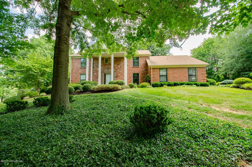 805 Pine Way, Louisville, KY 40223