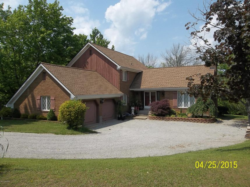 Single Family Home for Sale at 7007 Old Heady Road 7007 Old Heady Road Louisville, Kentucky 40299 United States
