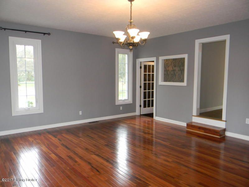 Additional photo for property listing at 1900 Oriole Place  Louisville, Kentucky 40059 United States