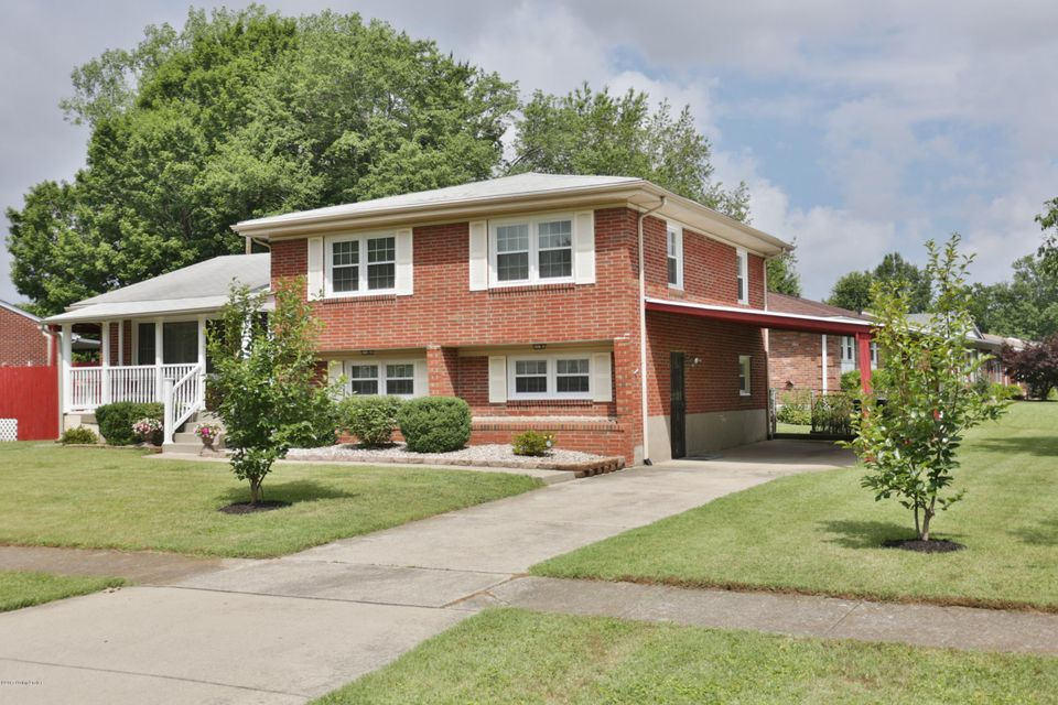 Single Family Home for Sale at 3129 Kaye Lawn Drive Louisville, Kentucky 40220 United States