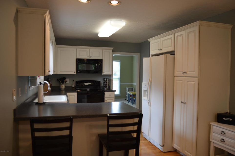 Additional photo for property listing at 3911 Fieldside Circle  Louisville, Kentucky 40299 United States