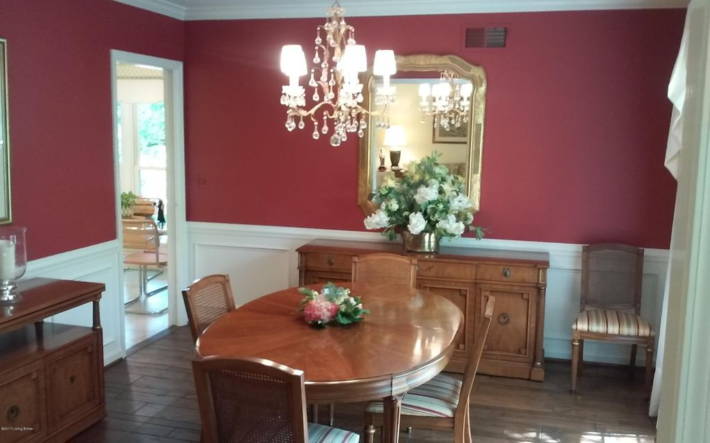 Additional photo for property listing at 1110 Chamberlain Hill Road  Louisville, Kentucky 40207 United States