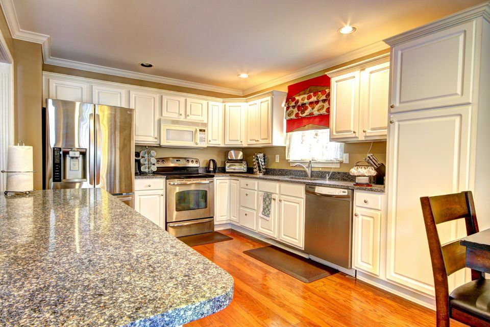 Additional photo for property listing at 4319 Brownsboro Glen Road  Louisville, Kentucky 40241 United States