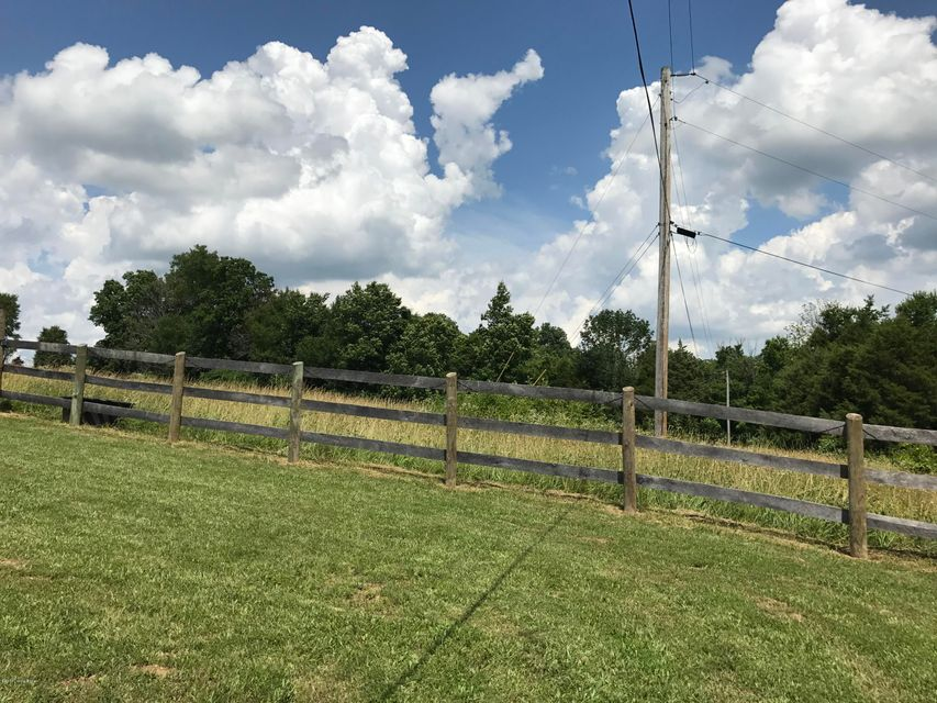 Additional photo for property listing at 4591 Back Creek  Waddy, Kentucky 40076 United States