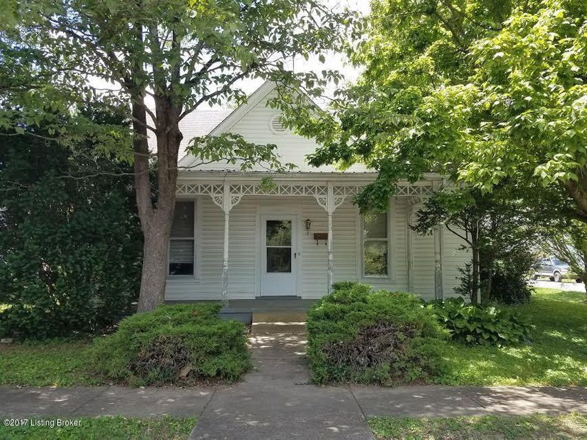 Single Family Home for Sale at 210 N Walnut Street La Grange, Kentucky 40031 United States