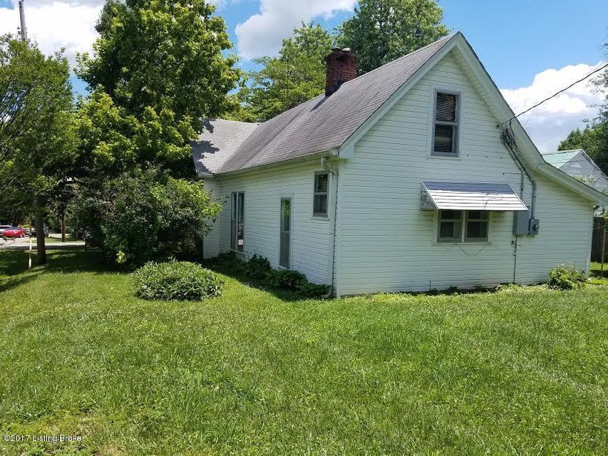 Additional photo for property listing at 210 N Walnut Street  La Grange, Kentucky 40031 United States