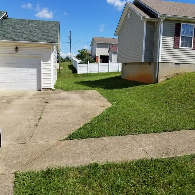 Additional photo for property listing at 113 Hamilton Street  Radcliff, Kentucky 40160 United States