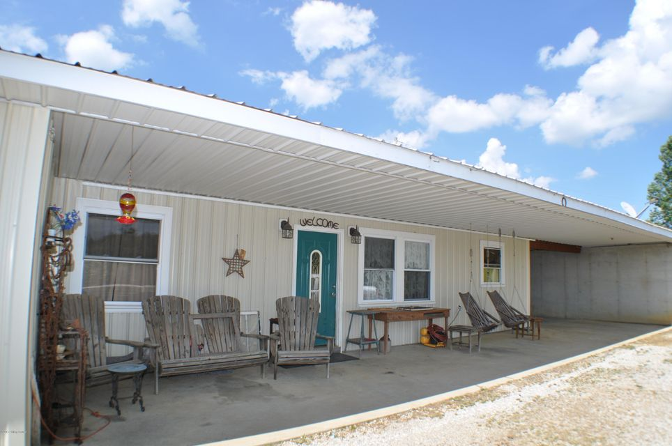 Single Family Home for Sale at 288 Emmanuel Lane 288 Emmanuel Lane Webster, Kentucky 40176 United States