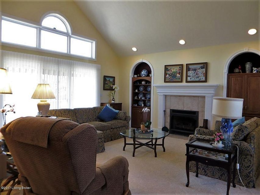 Additional photo for property listing at 612 Langley Trace  Elizabethtown, Kentucky 42701 United States