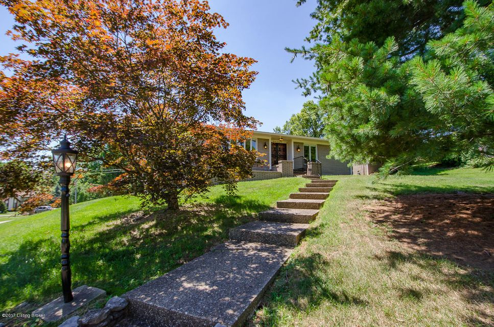 Additional photo for property listing at 1326 Trevilian Way 1326 Trevilian Way Louisville, Kentucky 40213 United States