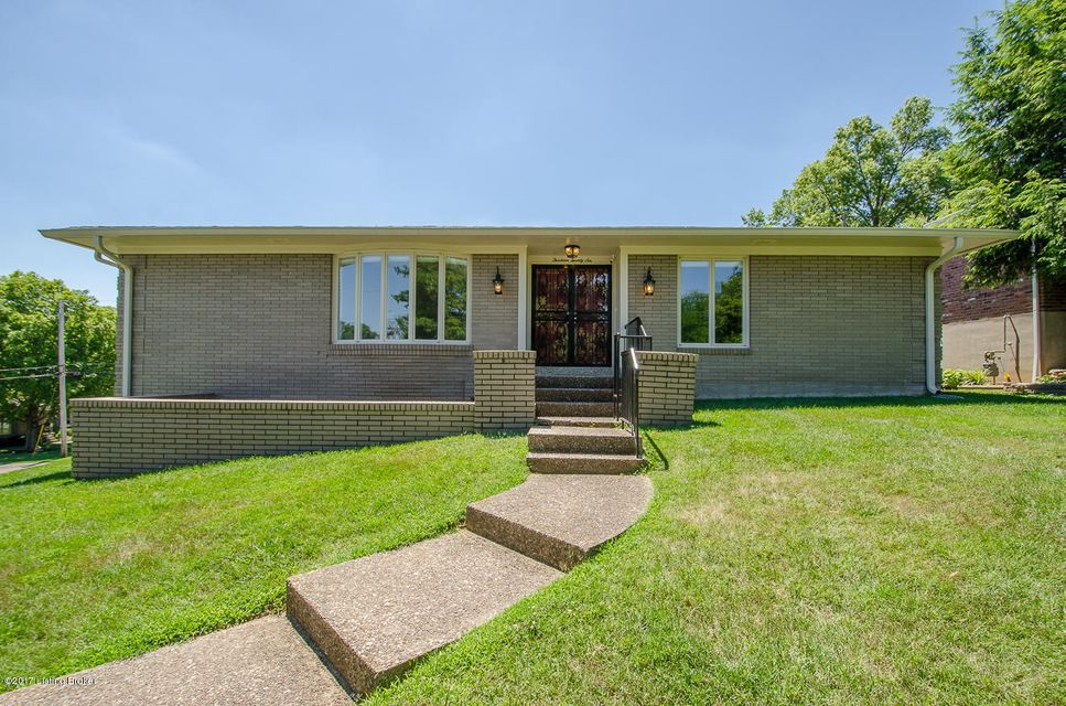 Additional photo for property listing at 1326 Trevilian Way  Louisville, Kentucky 40213 United States