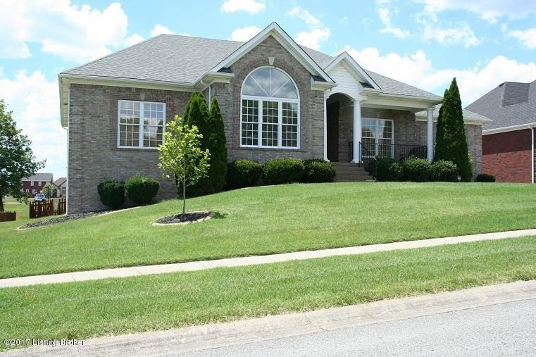 Single Family Home for Sale at 7604 Hornbeck Farm Road Louisville, Kentucky 40291 United States