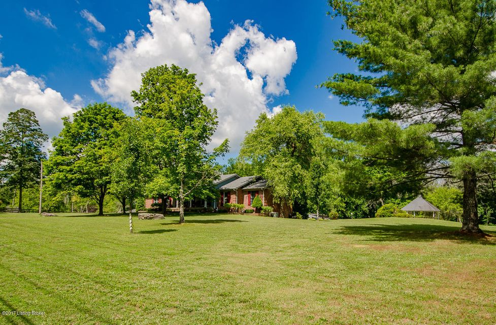 Single Family Home for Sale at 420 Flat Rock Road Louisville, Kentucky 40245 United States