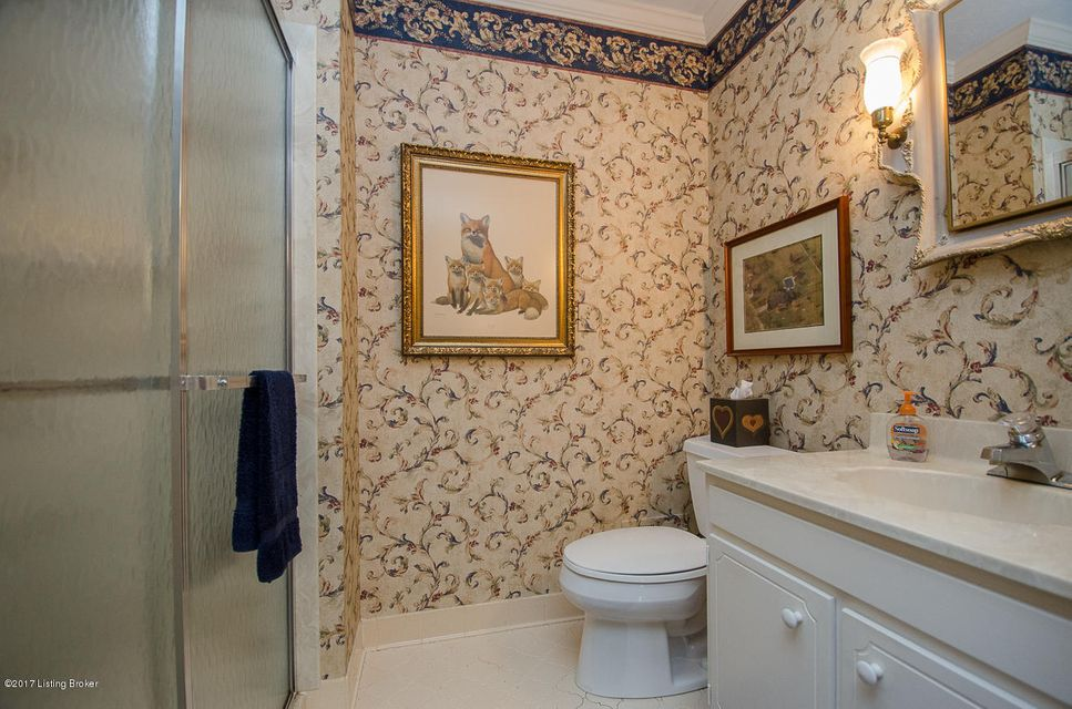 Additional photo for property listing at 420 Flat Rock Road  Louisville, Kentucky 40245 United States