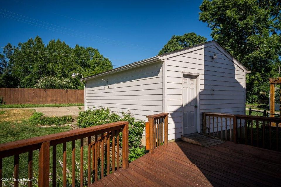 Additional photo for property listing at 2622 Landor Avenue  Louisville, Kentucky 40205 United States