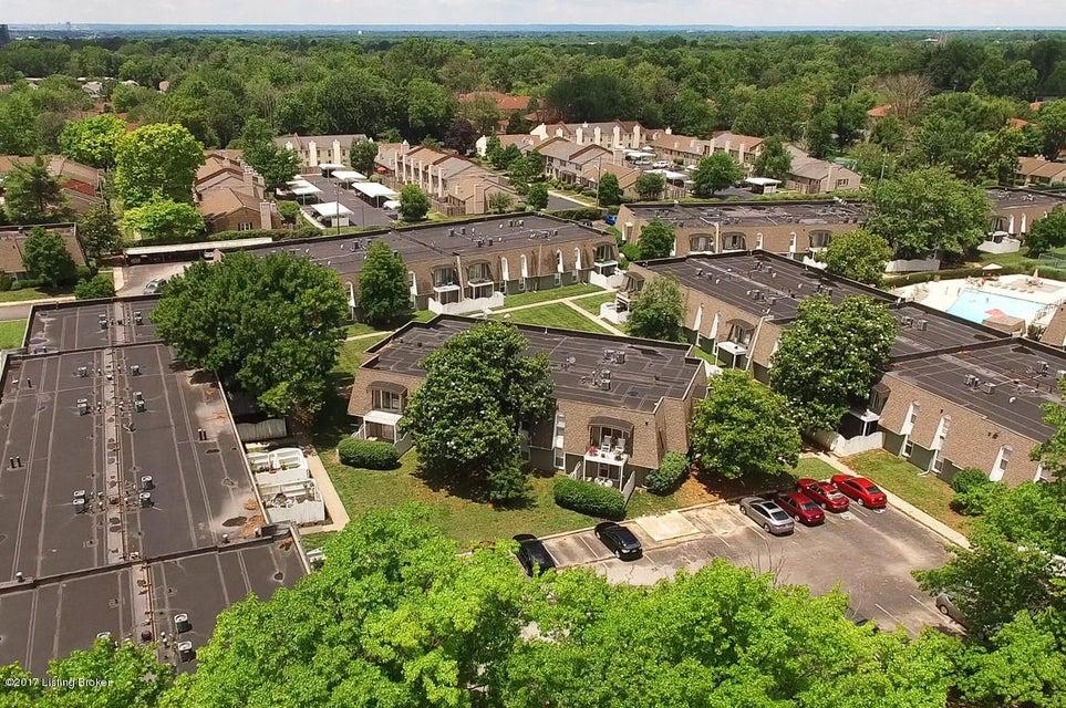 Condominium for Sale at 304 La Fontenay Court Louisville, Kentucky 40223 United States