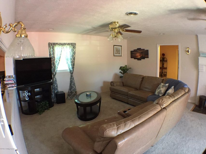 Additional photo for property listing at 111 Doris Drive  Brooks, Kentucky 40109 United States