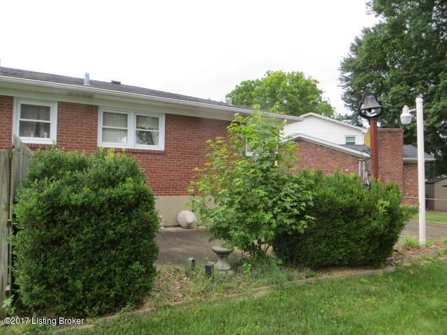 Additional photo for property listing at 5426 Sunnybrook Drive  Louisville, Kentucky 40214 United States