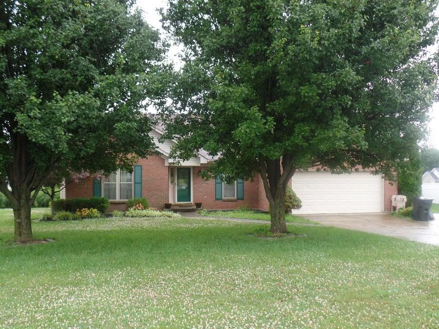 Single Family Home for Sale at 139 E Emerald Circle Mount Washington, Kentucky 40047 United States